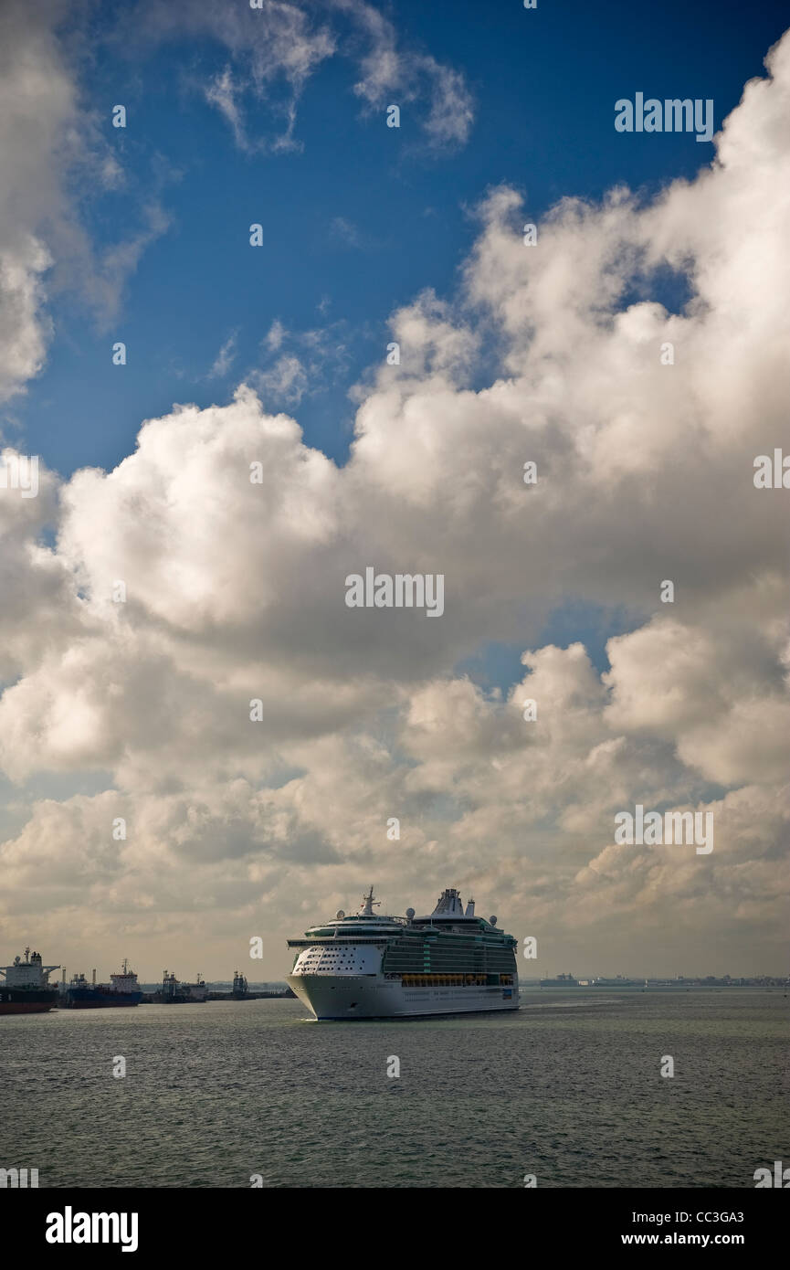 Cruise ship sailing down the Solent from the Port of Southampton, Hampshire, UK - Stock Image