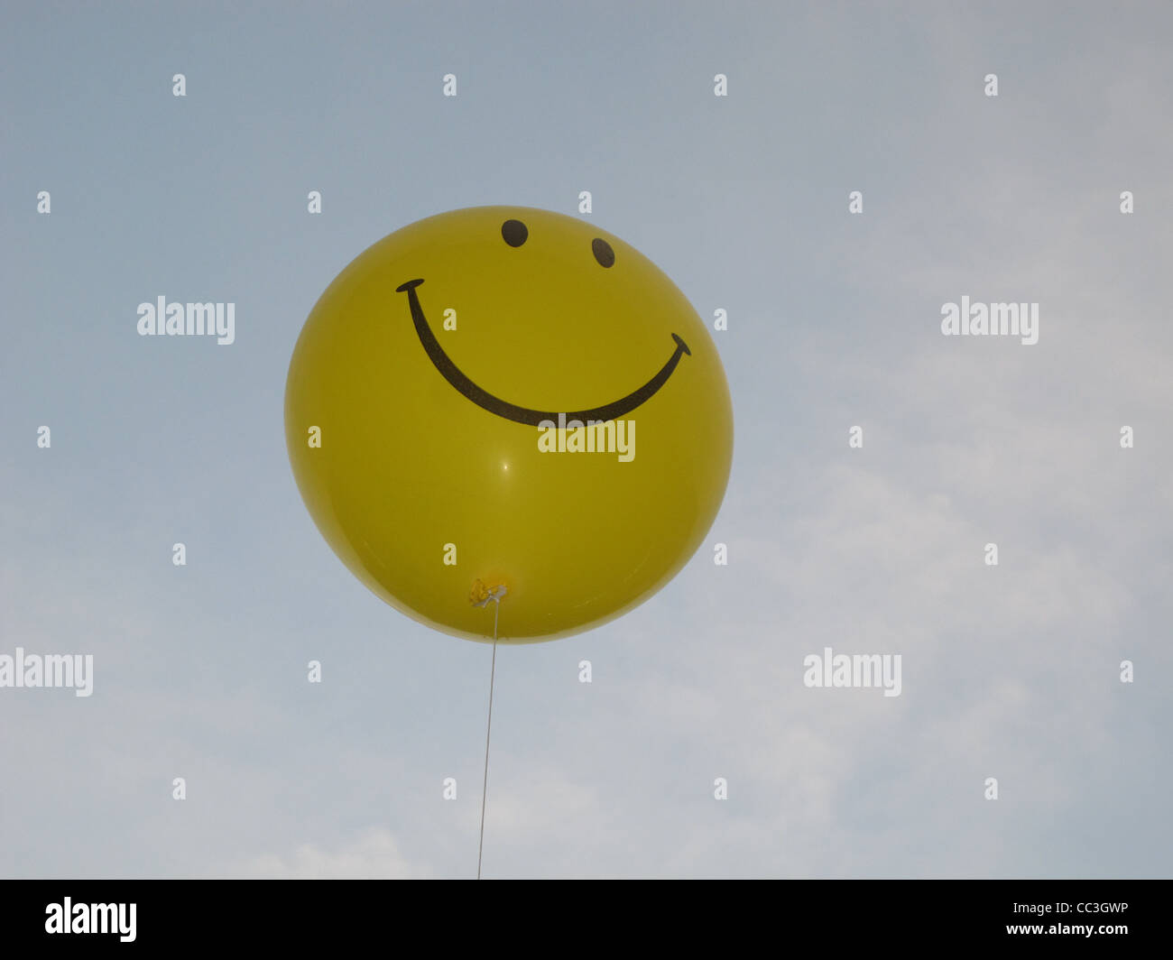 Smiley Face Balloon Flying In Sky Stock Photo 41875730 Alamy