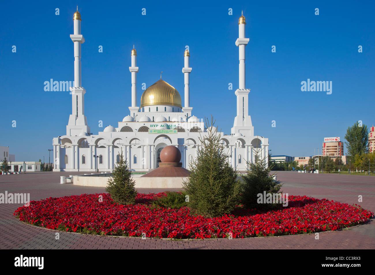Kazakhstan, Astana, Nur Astana Mosque - Stock Image