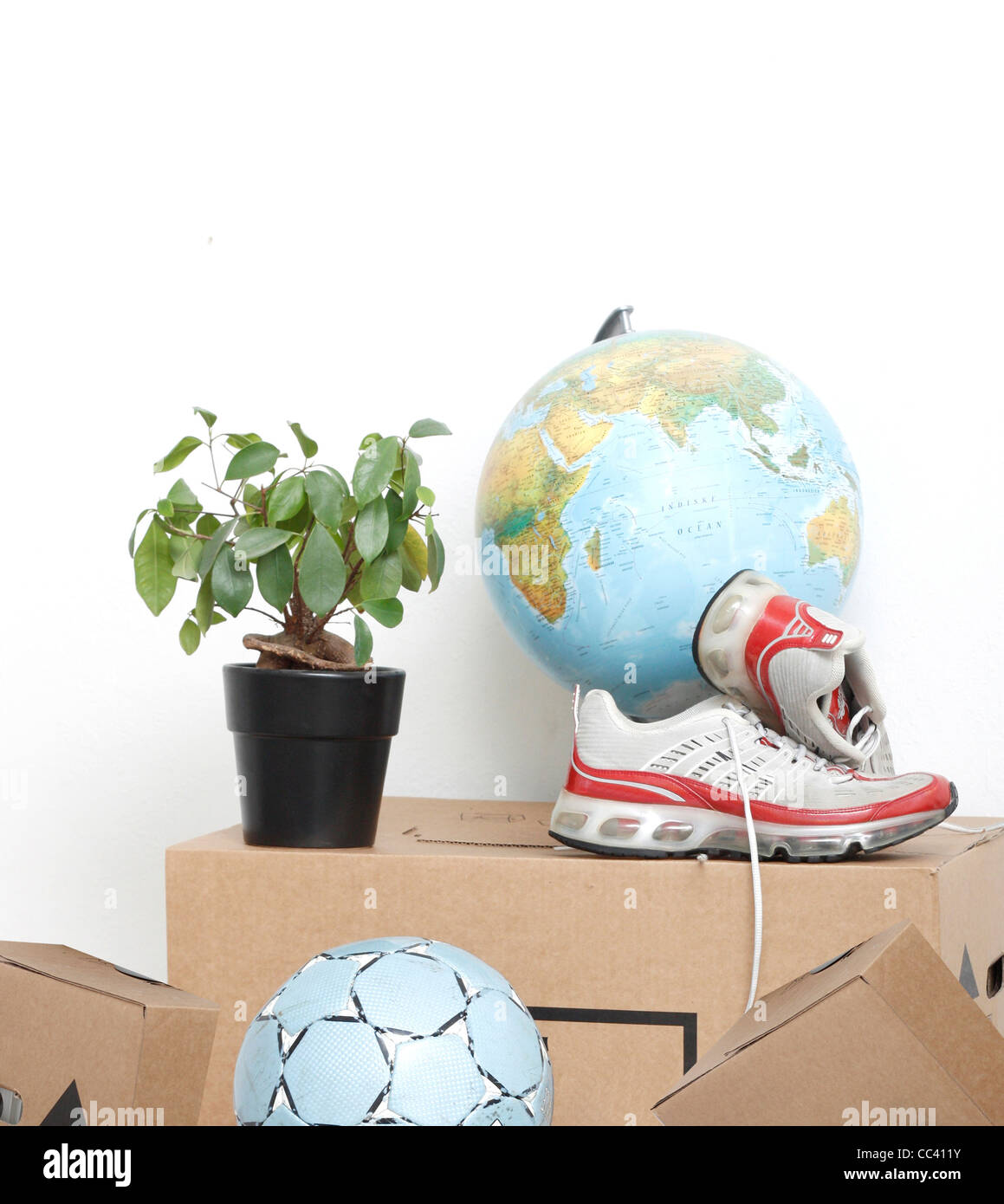 Moving boxes and possessions - Stock Image