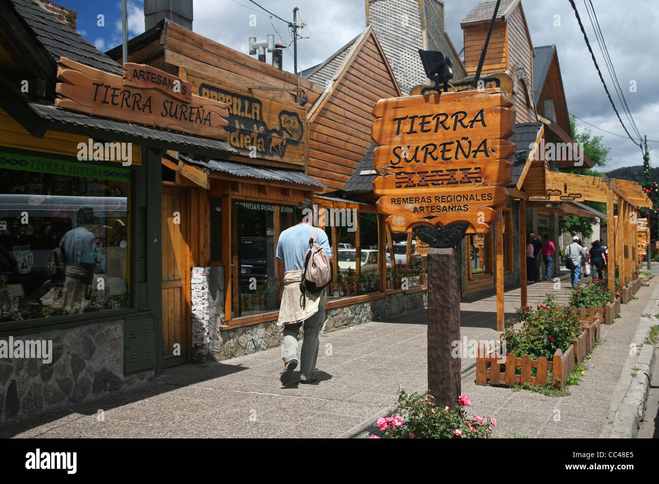 Tourists in shopping street in San Martin de los Andes, Argentina - Stock Image