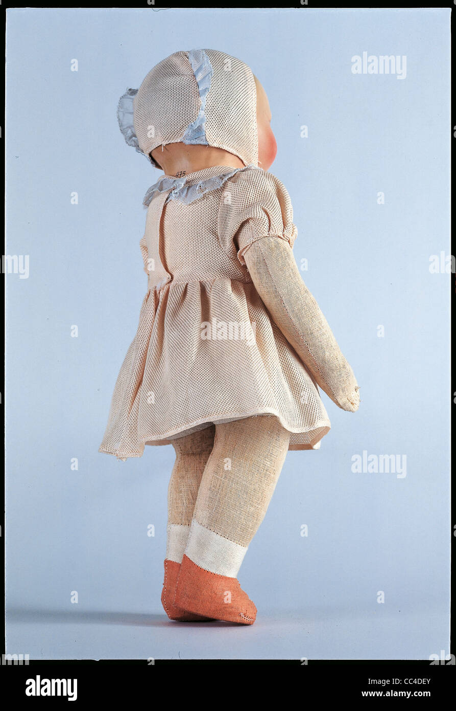 Collecting: Baby Doll Collectors 'First 900 Years Until '40 Biscuit Fabric Padded Papier - Stock Image