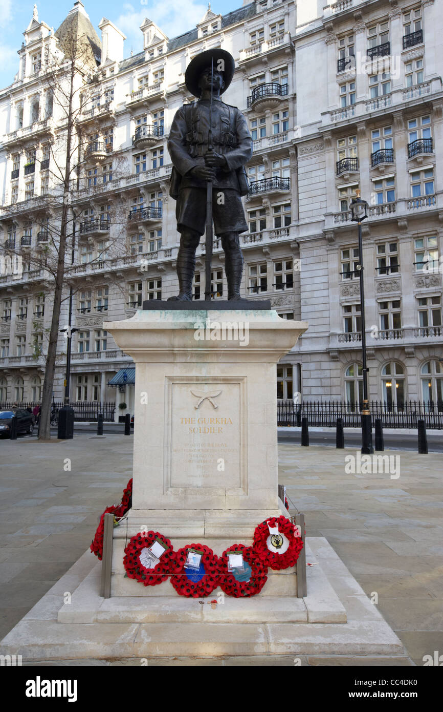 the british army gurkha soldier memorial on horse guards avenue whitehall London England UK United kingdom - Stock Image