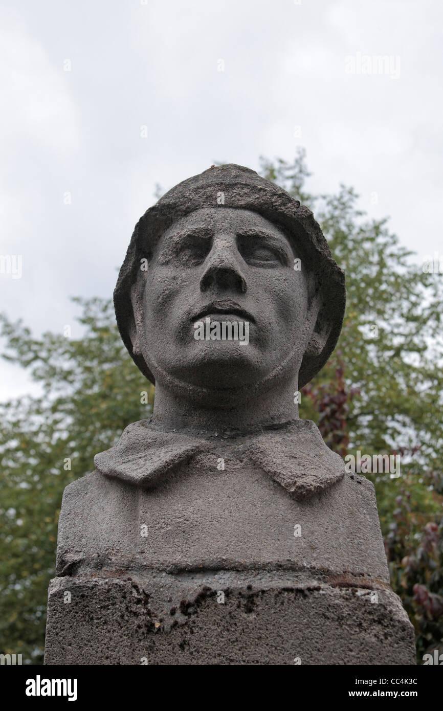 Close up of the bomb damaged First World War memorial, Cours de Verdun, Arras, France. - Stock Image