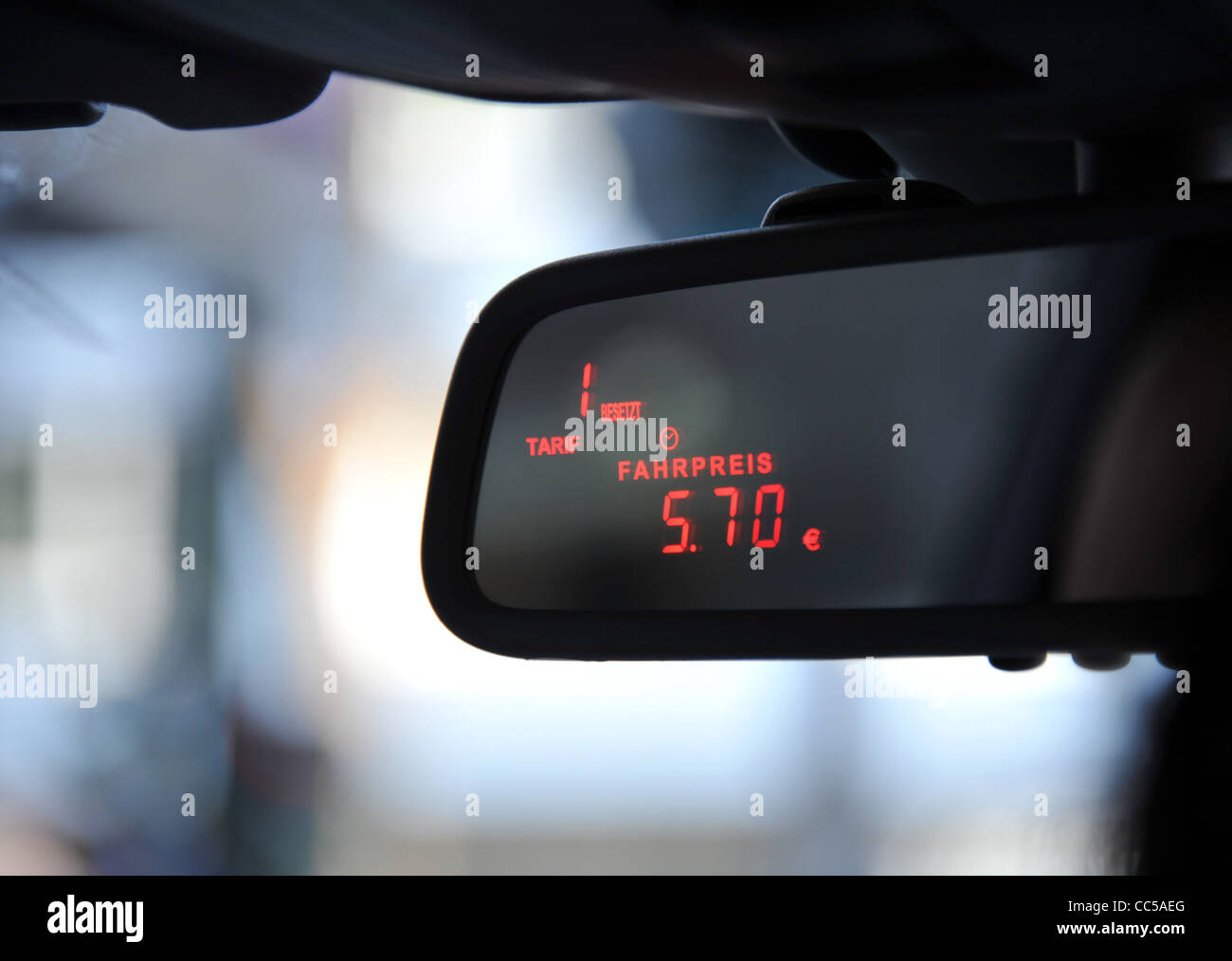 Taximeter Stock Photos & Taximeter Stock Images - Alamy