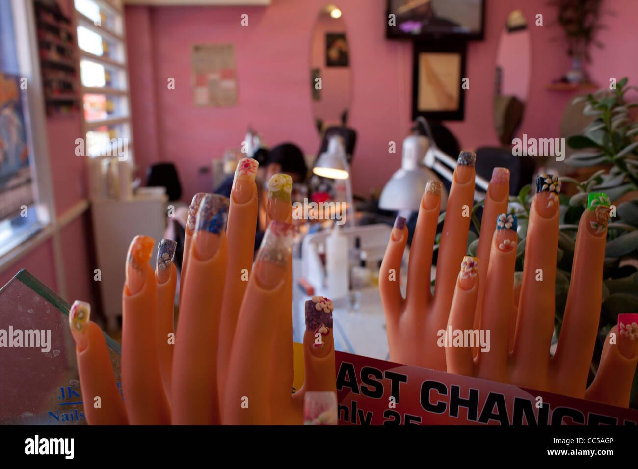 Nail Salon And Uk Stock Photos & Nail Salon And Uk Stock Images - Alamy