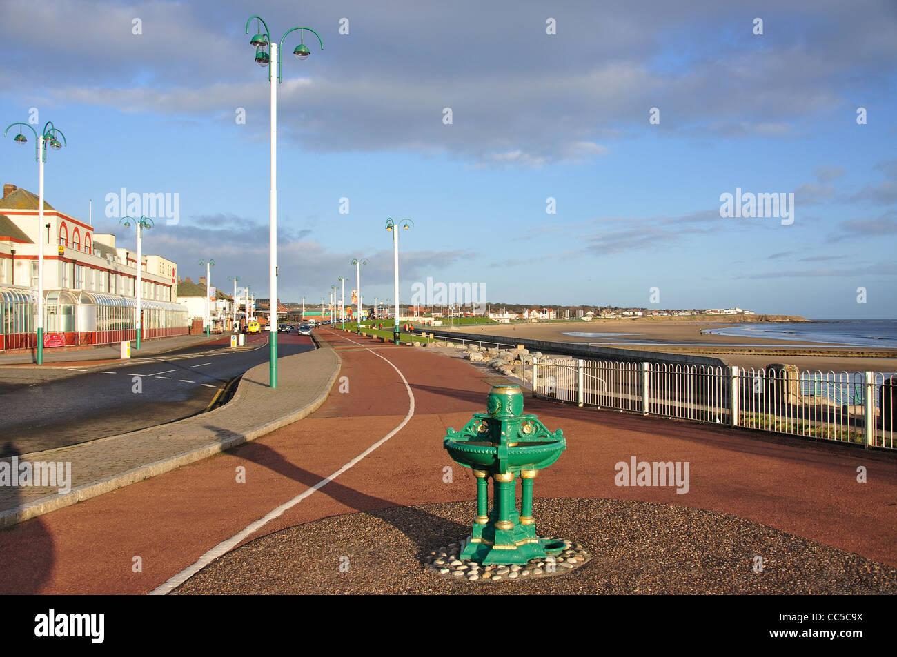 Beach and promenade view, Seaburn, Sunderland, Tyne and Wear, England, United Kingdom Stock Photo