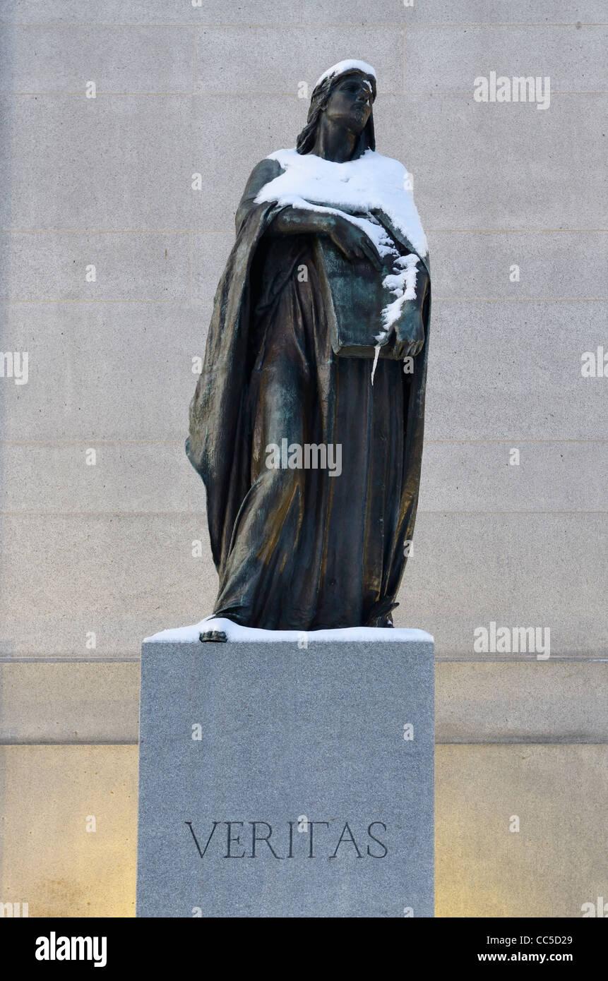 Statue of Veritas the Roman goddess of truth in Ottawa Supreme Court of Canada - Stock Image