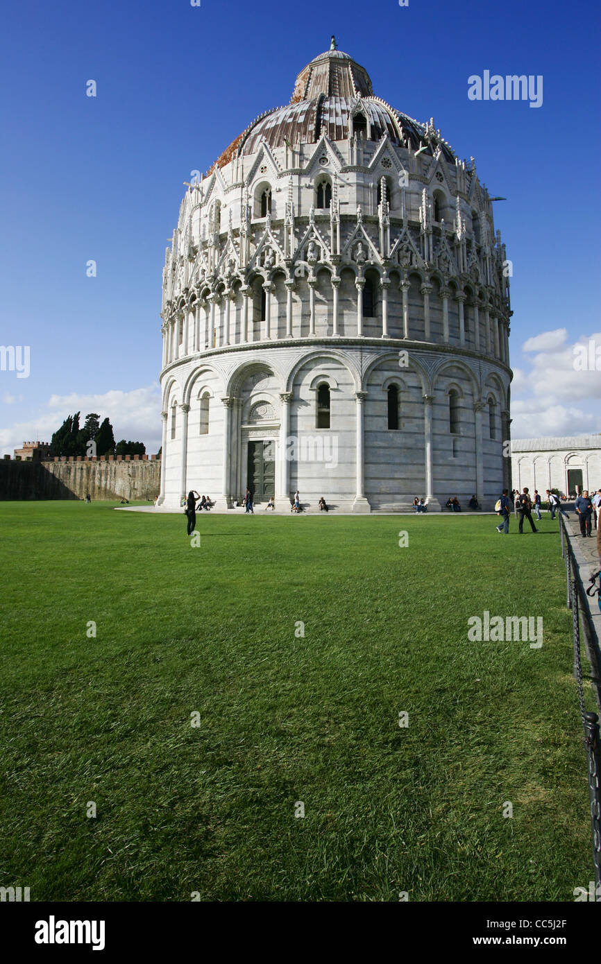 The Baptistry of the Cathedral of Pisa, Piazza dei Miracoli, Pisa, Italy Stock Photo