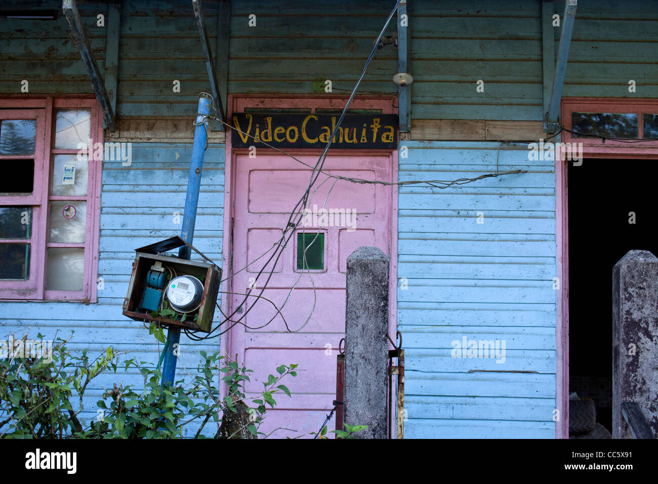 typical carribbean old wooden building with Video Cahuita in the small village of Cahuita, - Stock Image