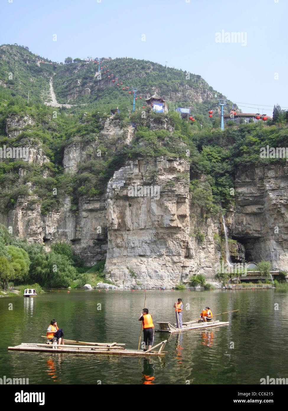 Tourists boating on Juma River, Shi Du Scenic Area, Beijing, China - Stock Image