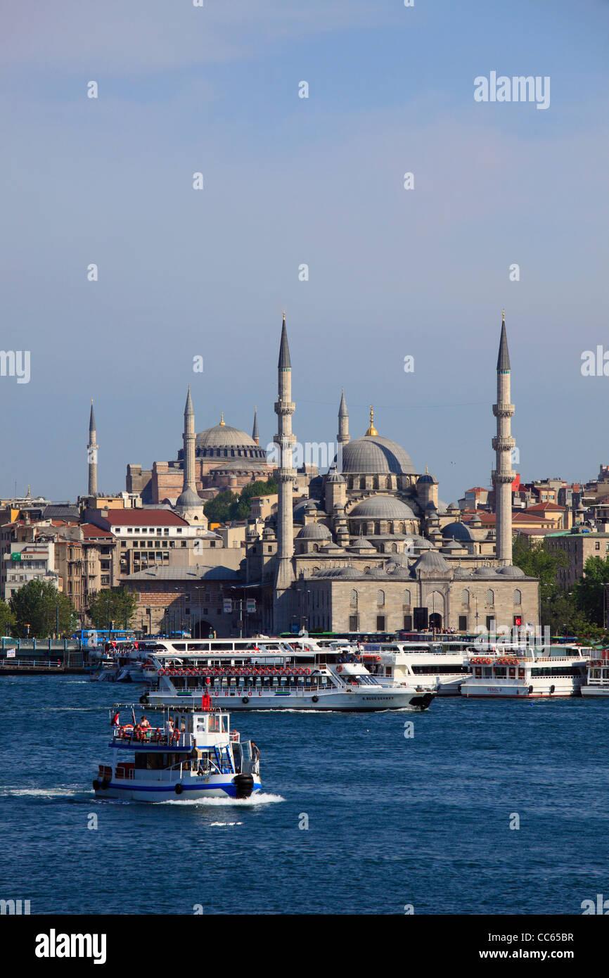 Turkey, Istanbul, Golden Horn, Yeni Camii, New Mosque, Aya Sofya, skyline, - Stock Image