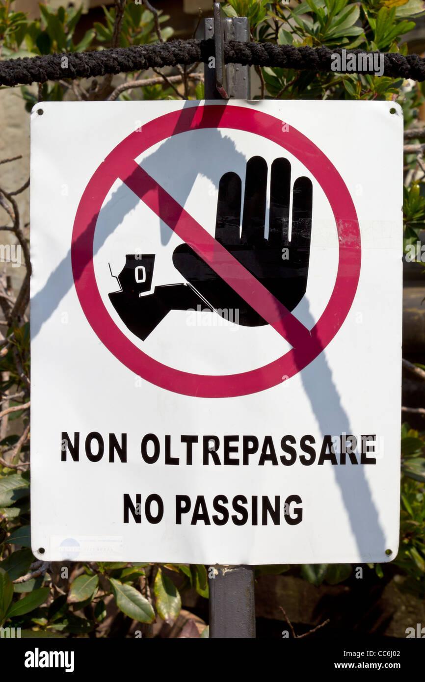 Italian sign - No Entry! - Stock Image