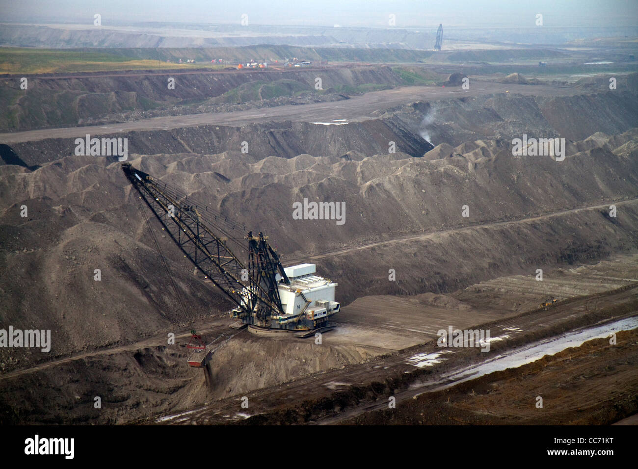 Aerial view of a dragline being used in the process of coal surface mining in Campbell County, Wyoming, USA. - Stock Image