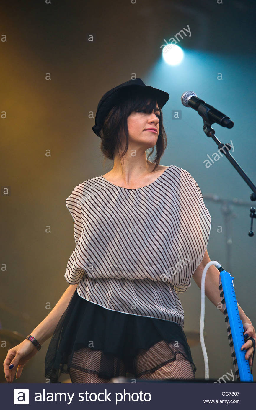 French band 'Nouvelle Vague' performing live at Musilac festival - Stock Image