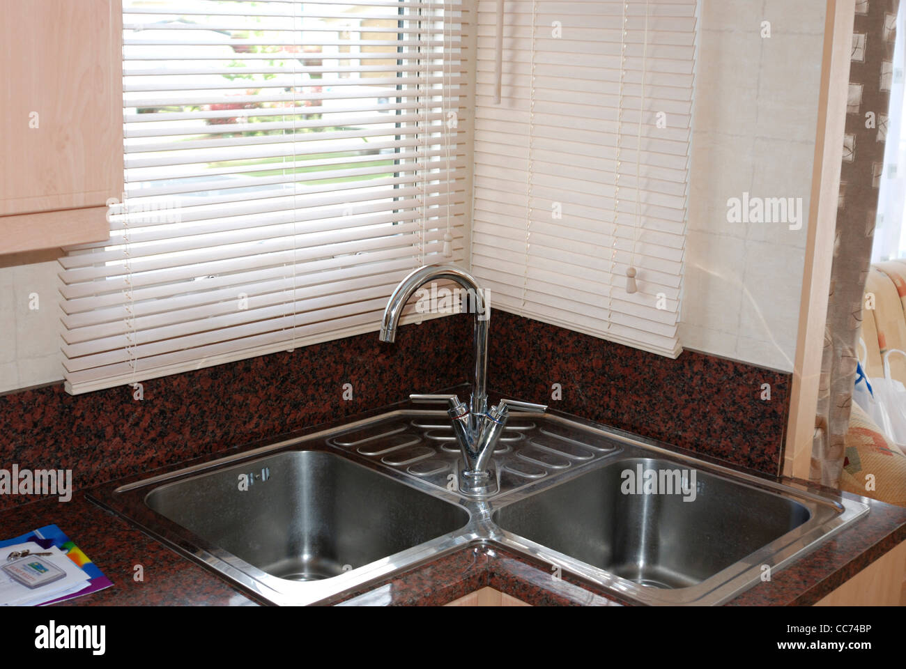 Corner Sink High Resolution Stock Photography And Images Alamy