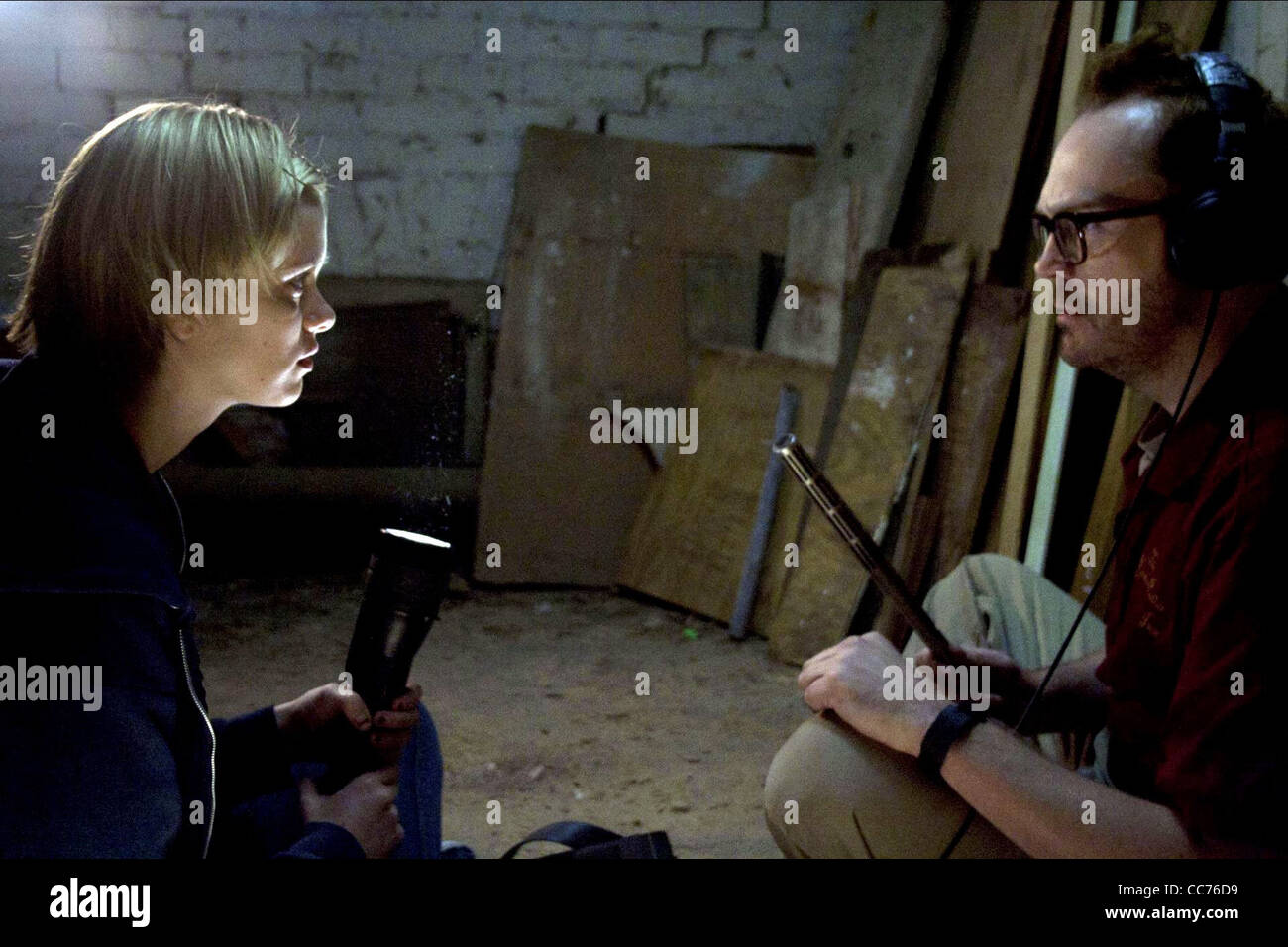 SARA PAXTON & PAT HEALY THE INNKEEPERS (2011) - Stock Image