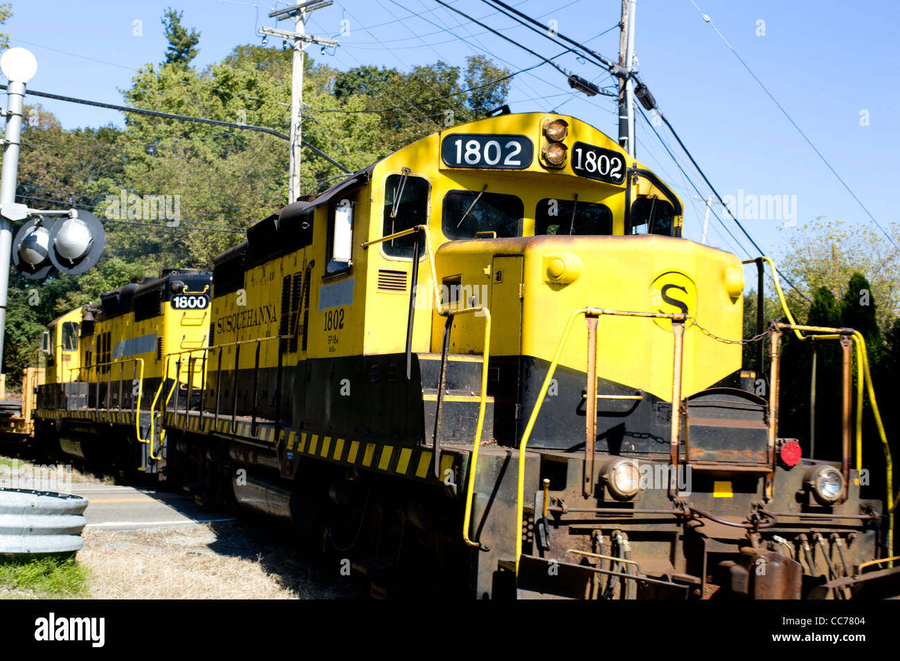 Train Locomotive Engine bright Yellow close up - Stock Image