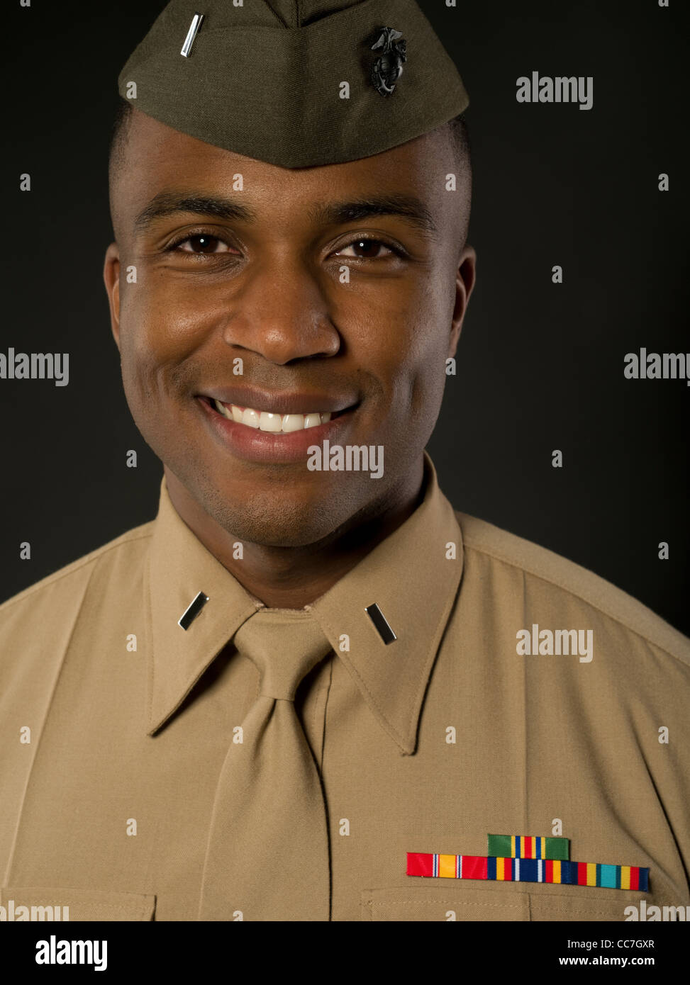 united states marine corps officer in service b bravos uniform stock photo 41963567 alamy. Black Bedroom Furniture Sets. Home Design Ideas