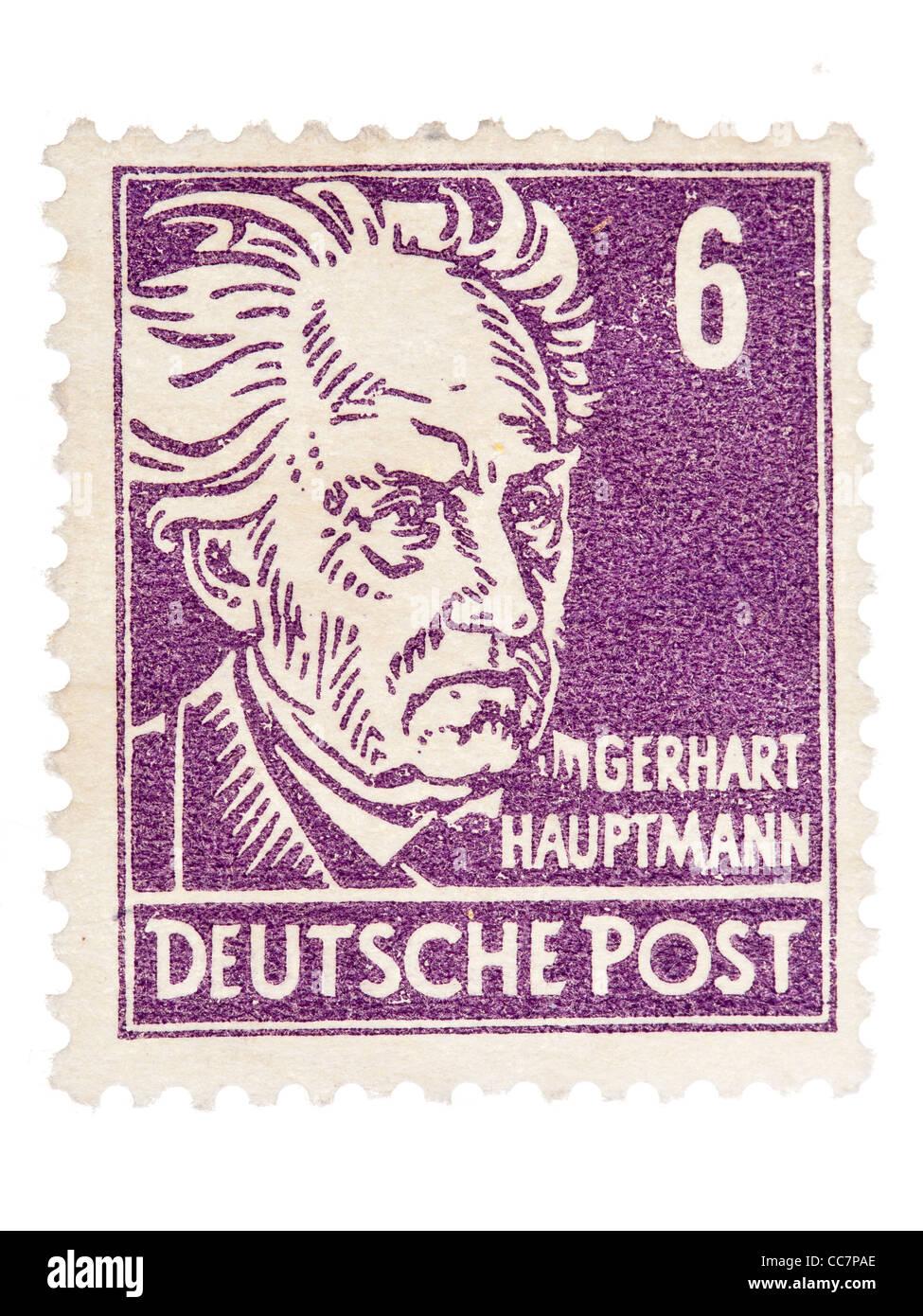 Postage stamp: Deutsche Post, DDR, 1952, Gerhart Hauptmann, 6 pfennig, mint condition - Stock Image