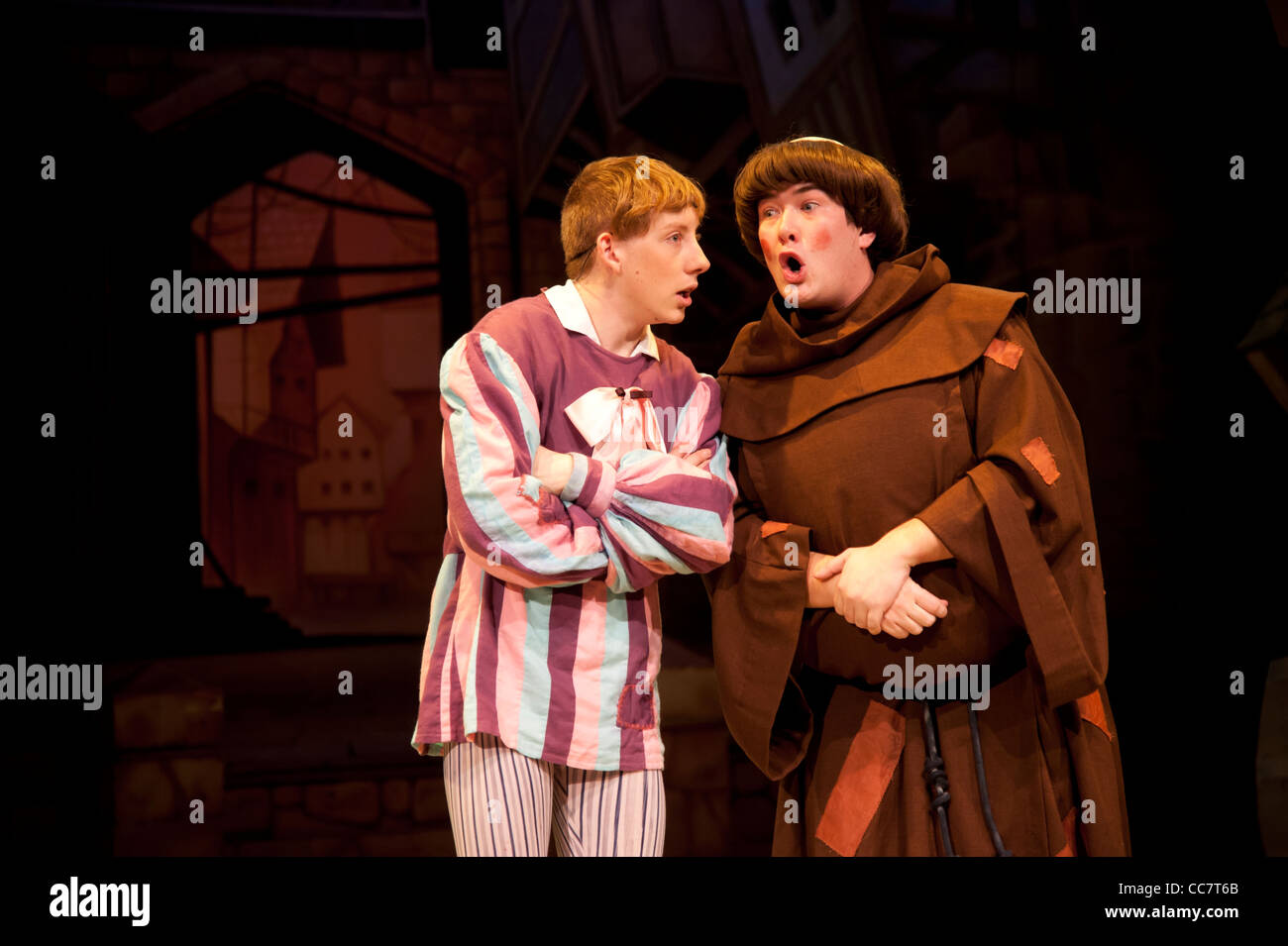 Simple Simon and Friar Tuck in an amateur theatre pantomime version of the legend of Robin Hood, Aberystwyth Arts - Stock Image