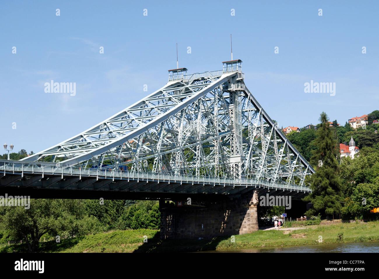 Bridge Loschwitzer Bruecke at the river Elbe in Dresden Stock Photo