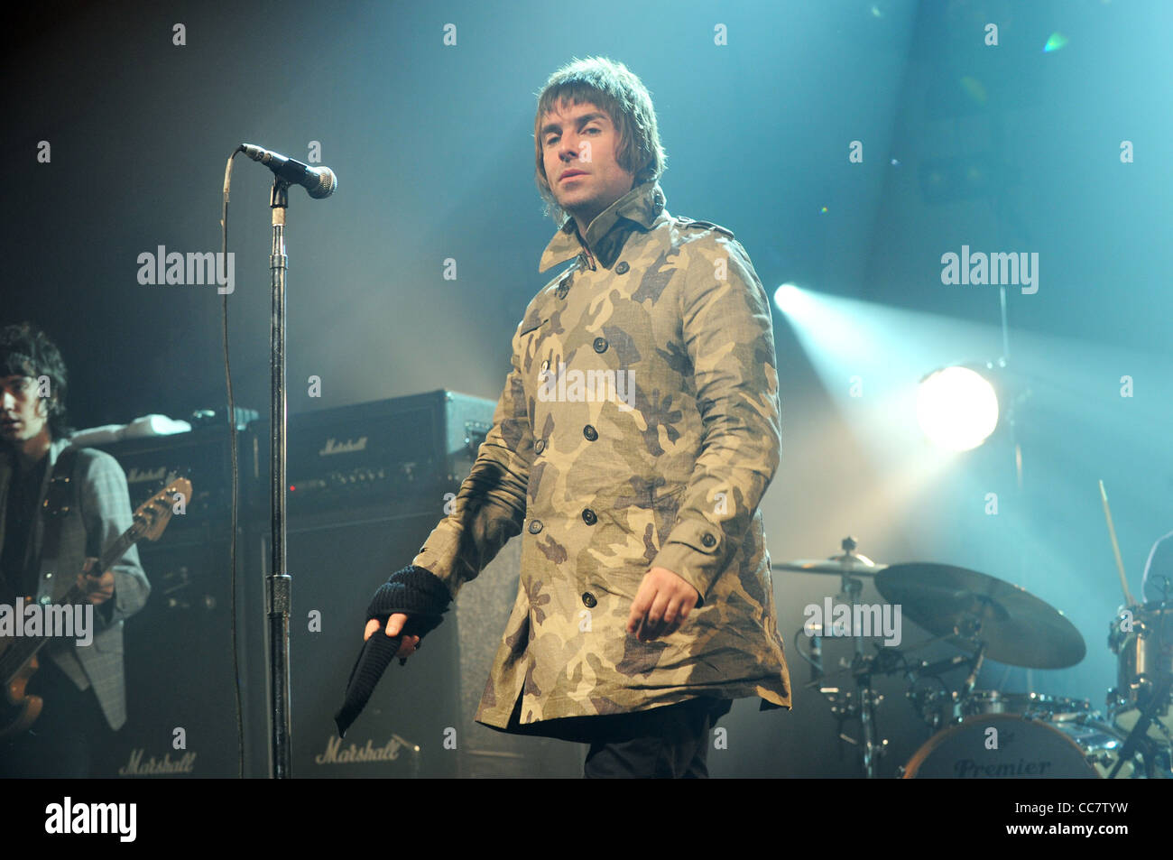 LIAM GALLAGHER BEADY EYE (2011) - Stock Image