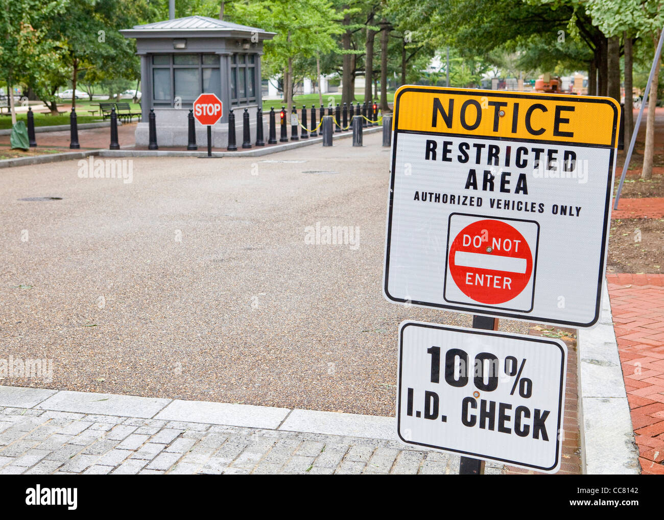Restricted area notice sign - Stock Image