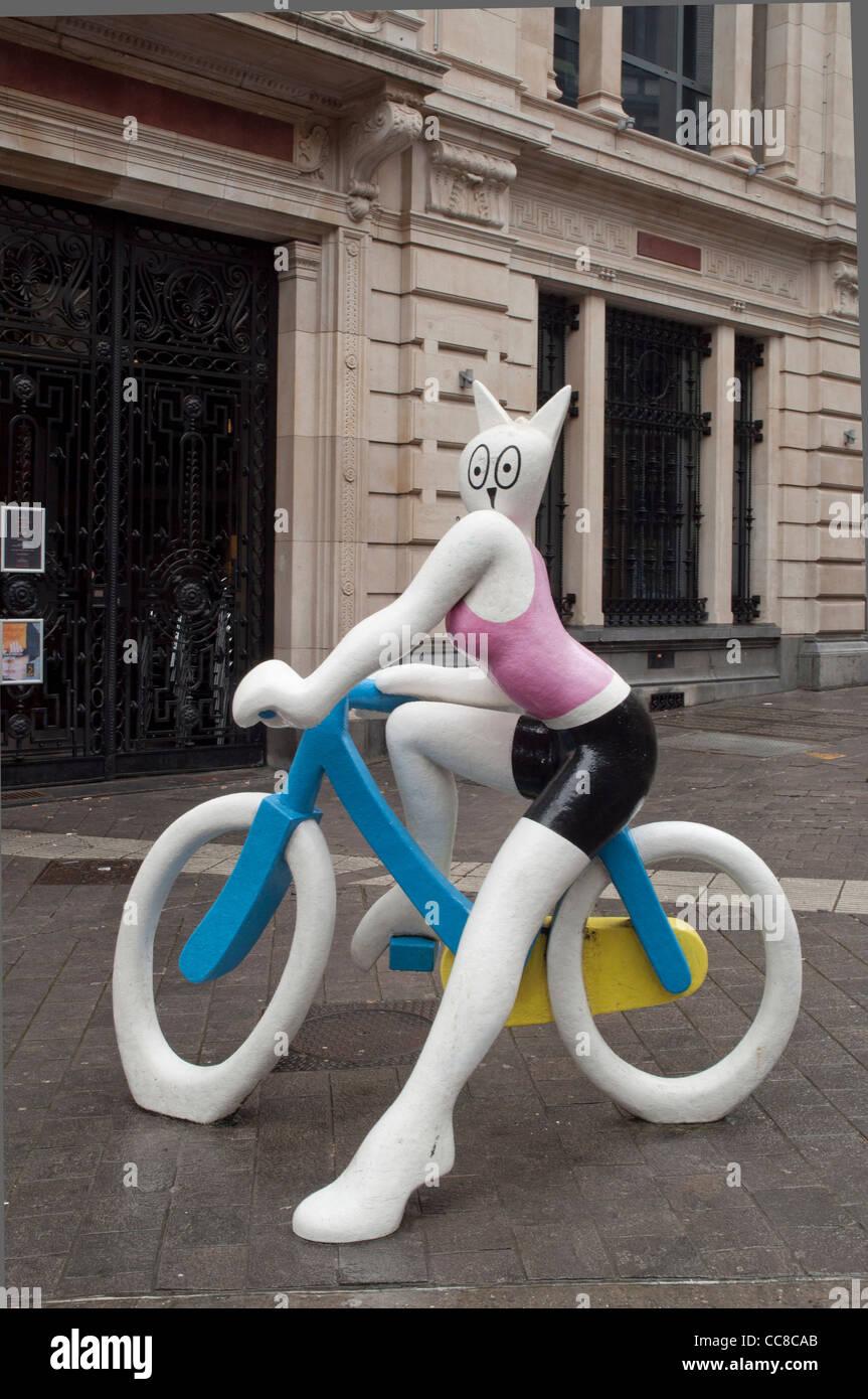 La Cycliste (2005), Alain Séchas (France) near Galeries Royales Saint-Hubert in Brussels - Stock Image