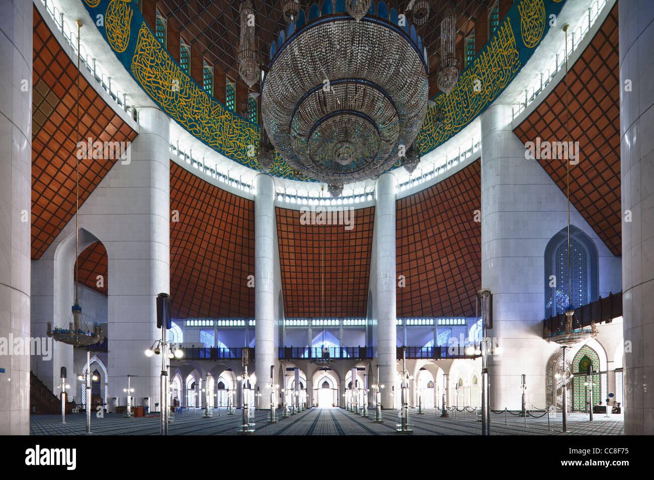 Masjid Sultan Salahuddin Abdul Aziz Shah Shah Alam Malaysia Stock Photo Alamy