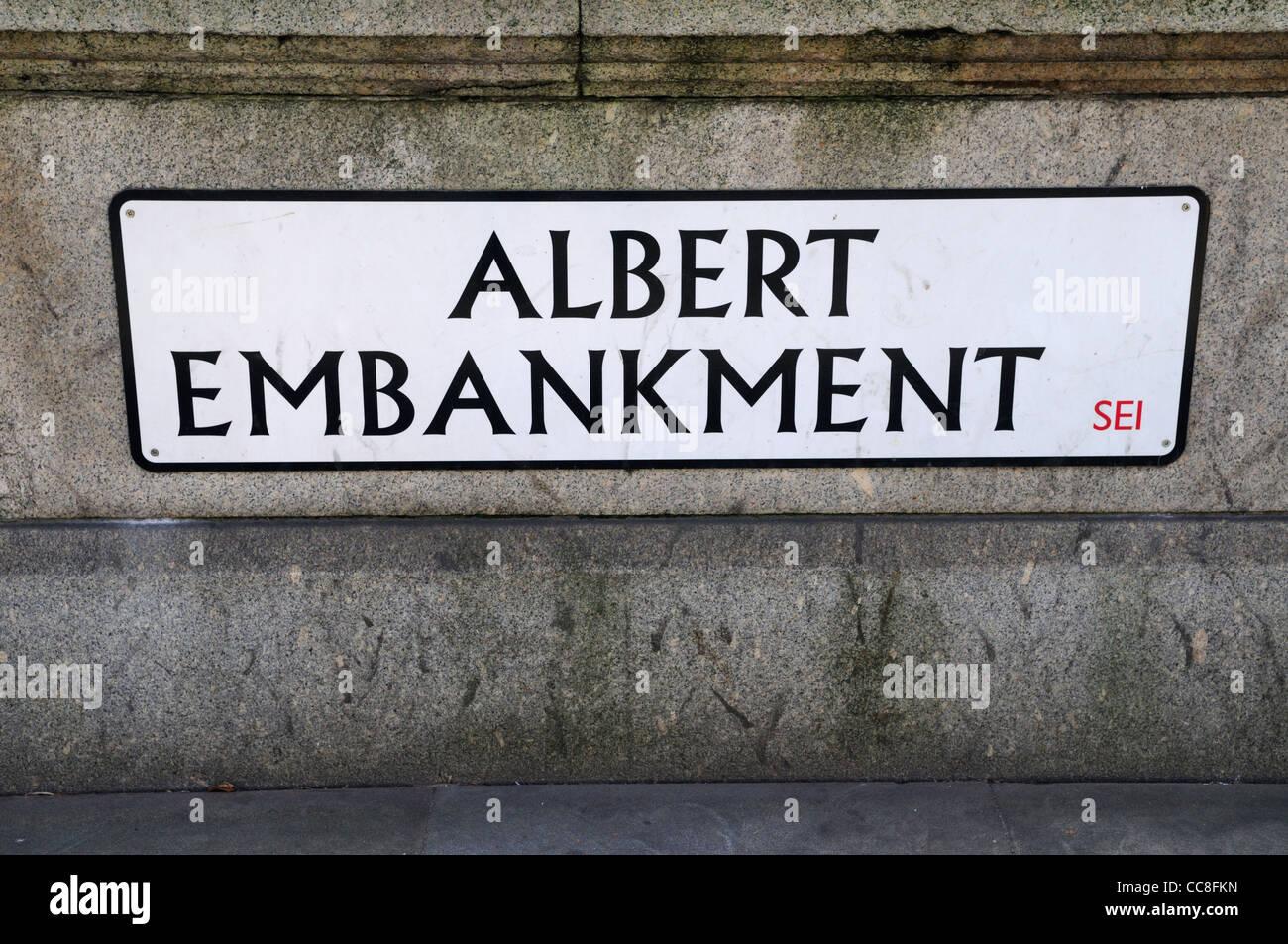 Albert Embankment Street Sign, London, England, UK - Stock Image