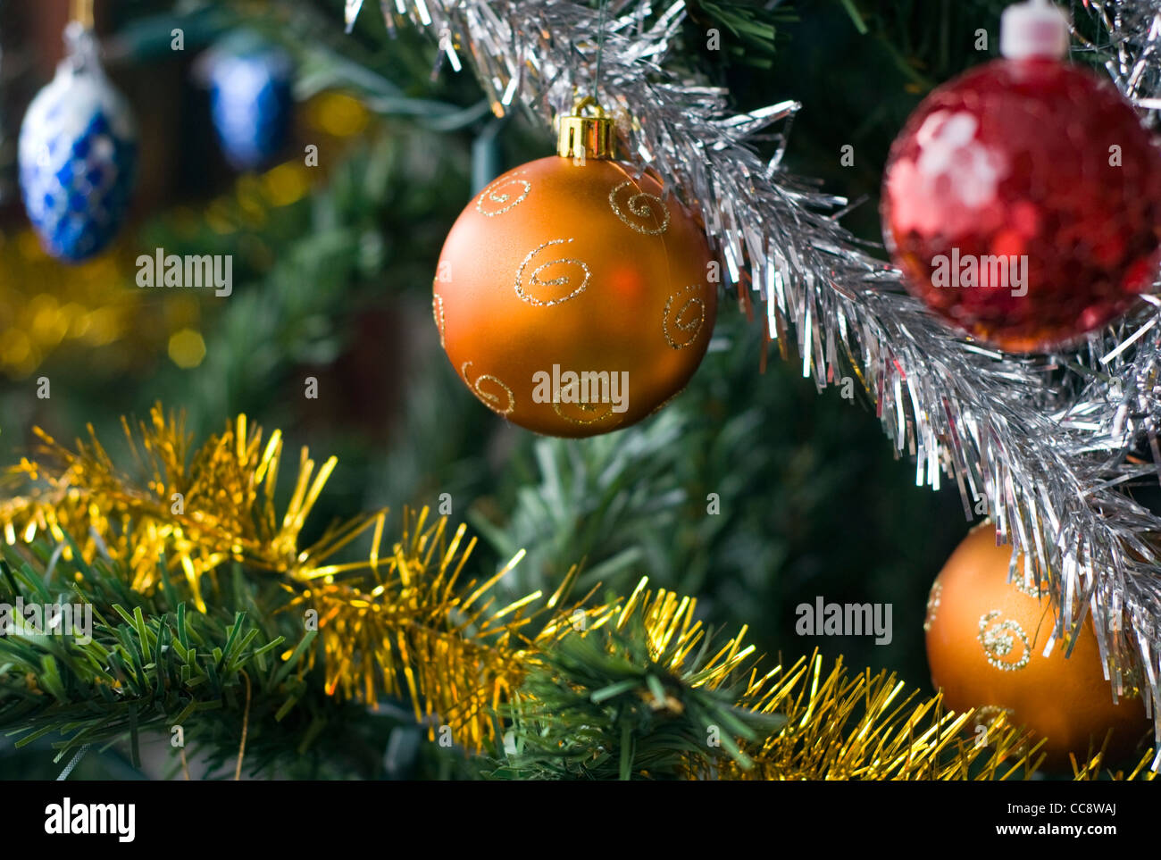 Tinsel Baubles Stock Photos & Tinsel Baubles Stock Images - Alamy