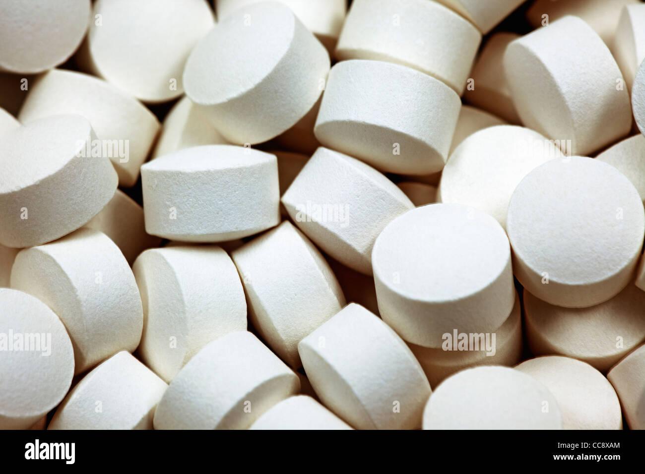white pills - Stock Image