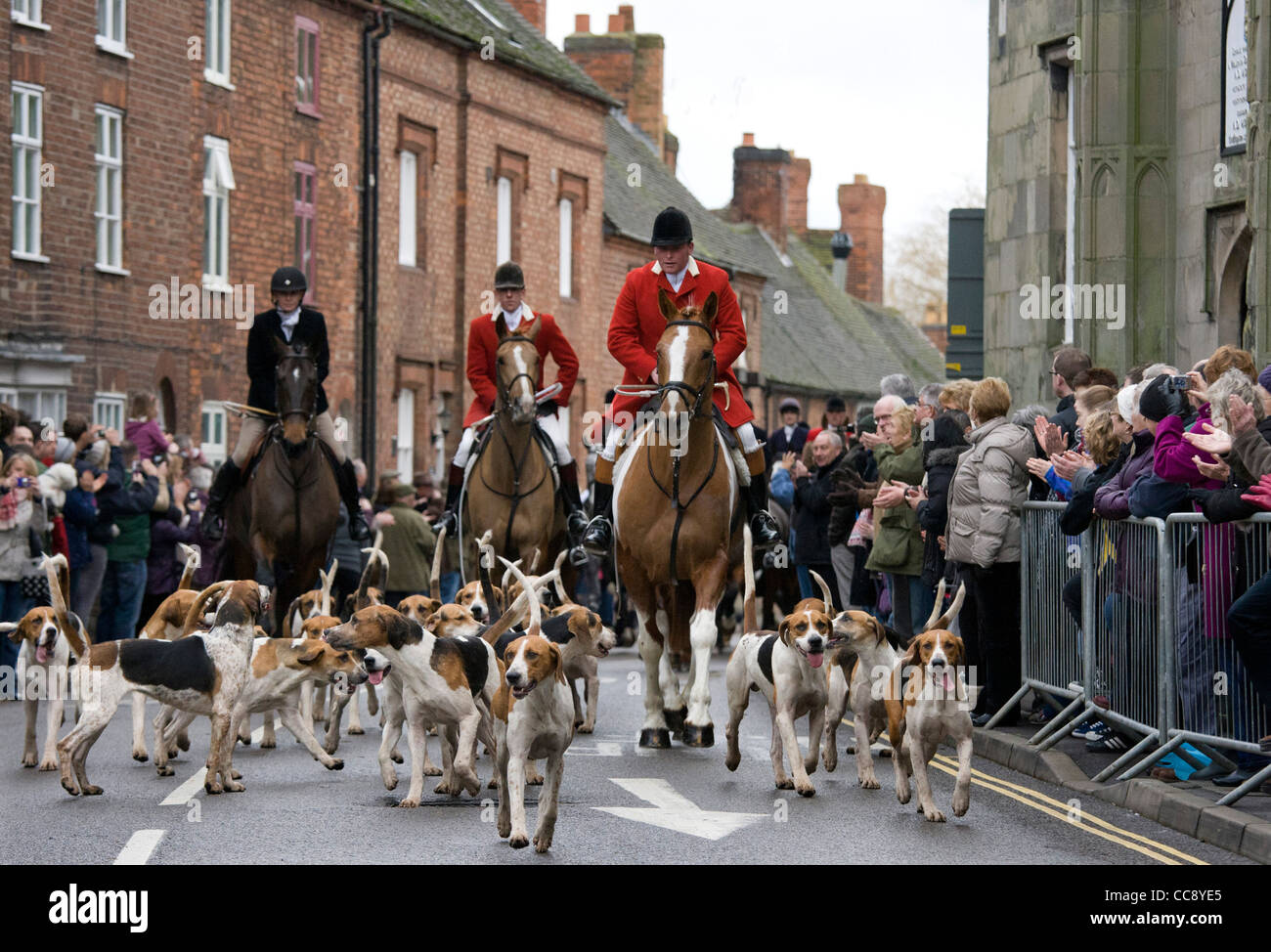 The annual  traditional hunt meet held in Market Bosworth square, Leicestershire on Boxing Day. - Stock Image