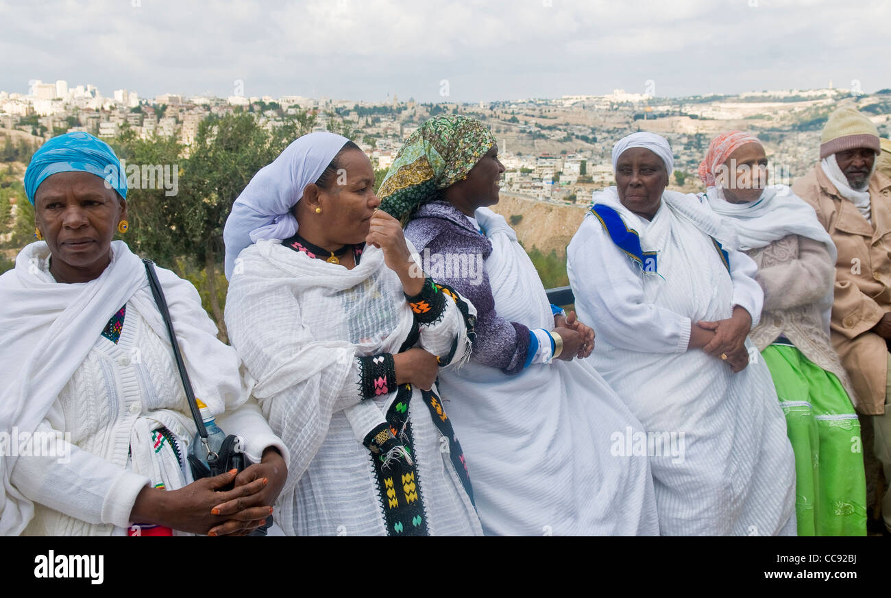 Ethiopian Jew women during the 'Sigd' holiday in Jerusalem - Stock Image