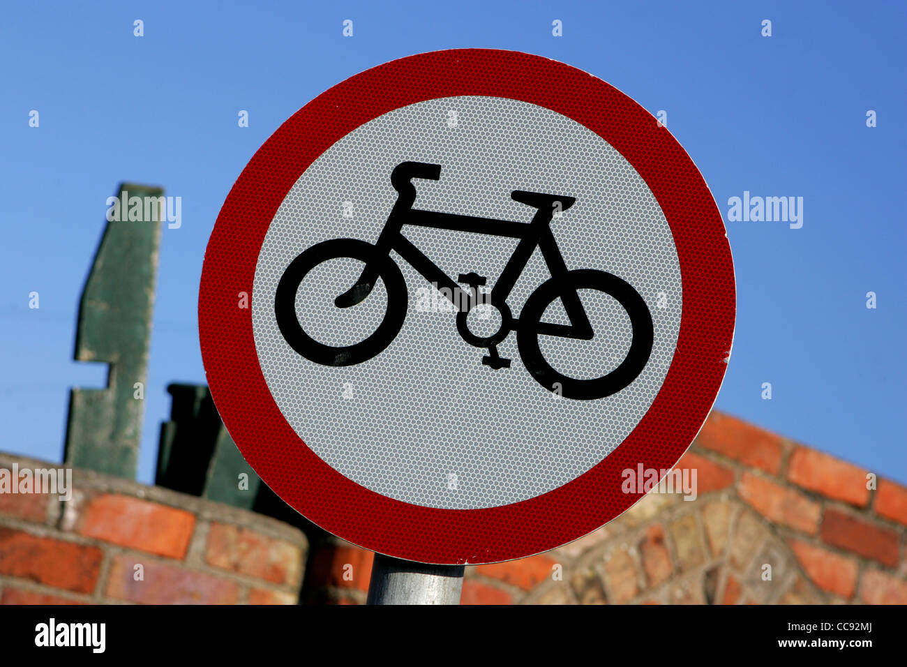 cycle sign, british highway code sign, uk - Stock Image