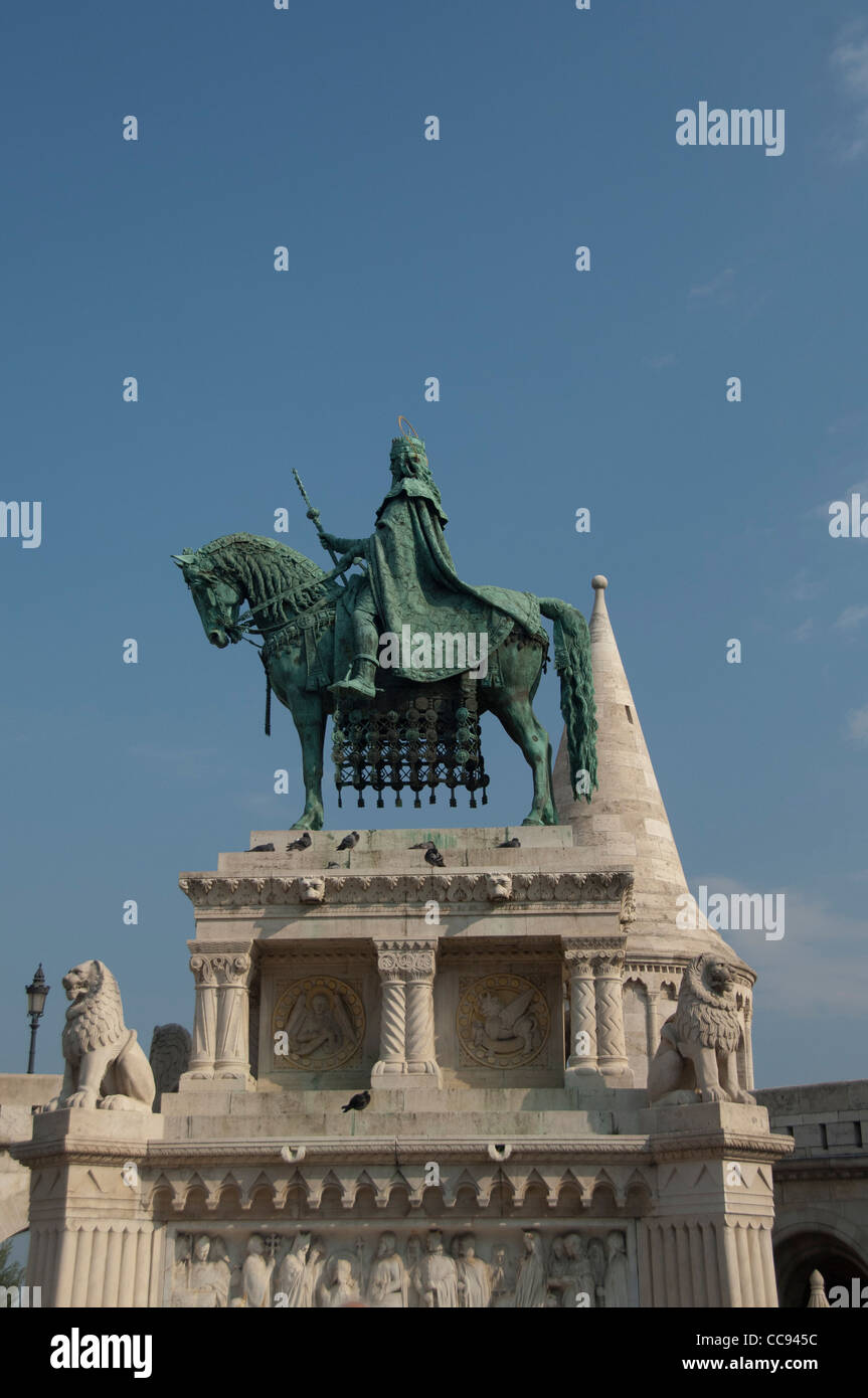 Hungary, Budapest. Buda, Castle Hill, statue of King Stephen, the first king of Hungary, in front of Fisherman's Stock Photo