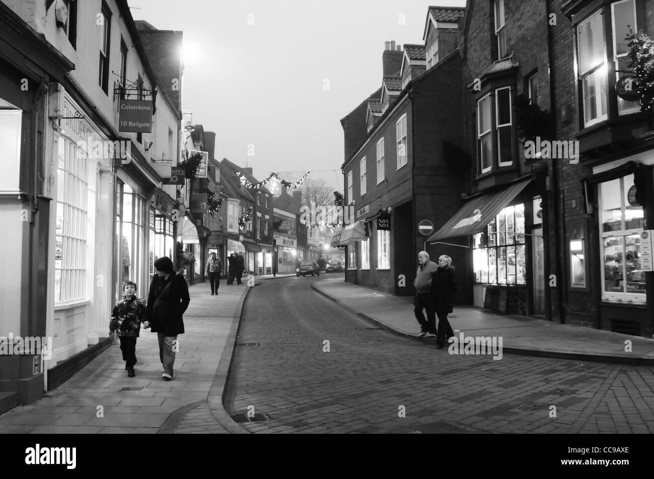 Monotone landscape photograph of a Lincolnshire street in winter - Stock Image