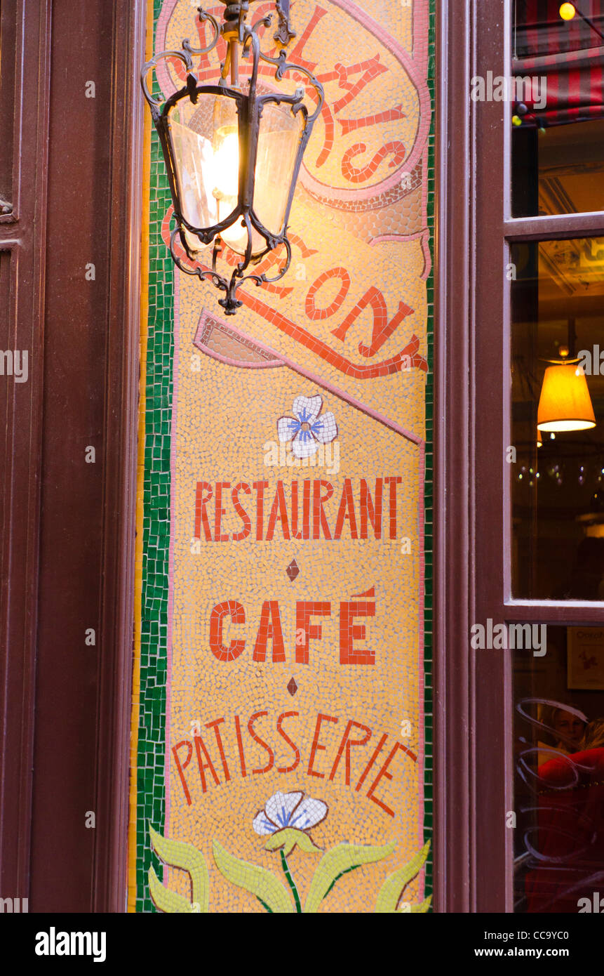 Relais Odeon Restaurant, Left Bank, Paris, France - Stock Image