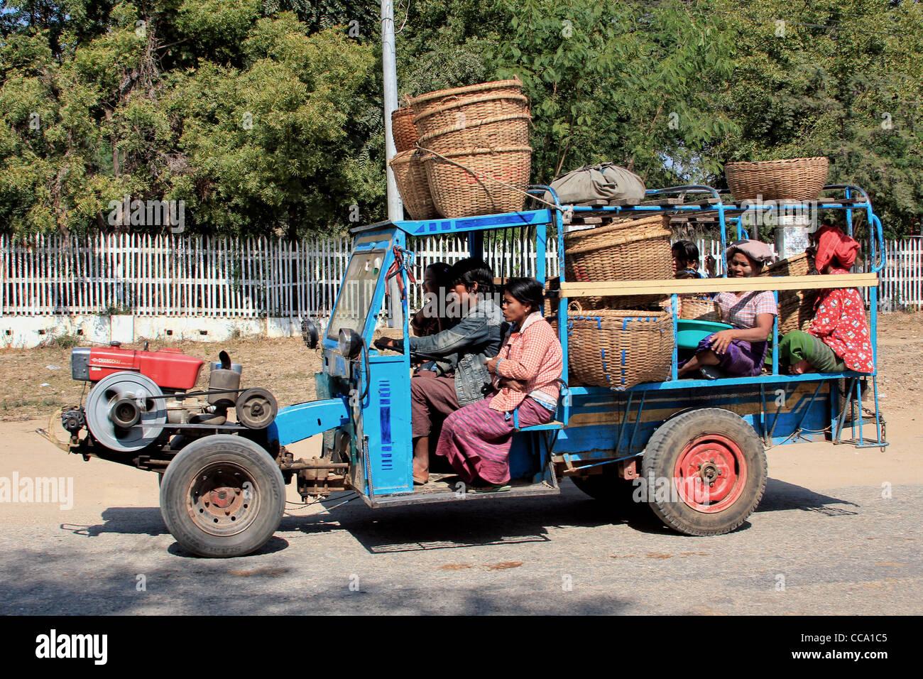 Rural Transportation Vehicle | New Bagan (Pagan), Myanmar (Burma) - Stock Image