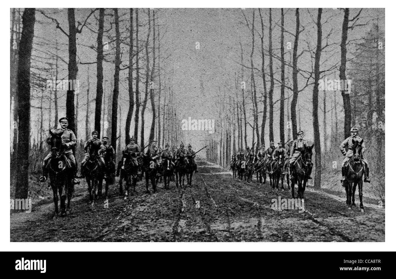 1915 Hun German Turkish scouting party Belgium scout dirt track road cavalry horse mounted riding rider muddy mud - Stock Image