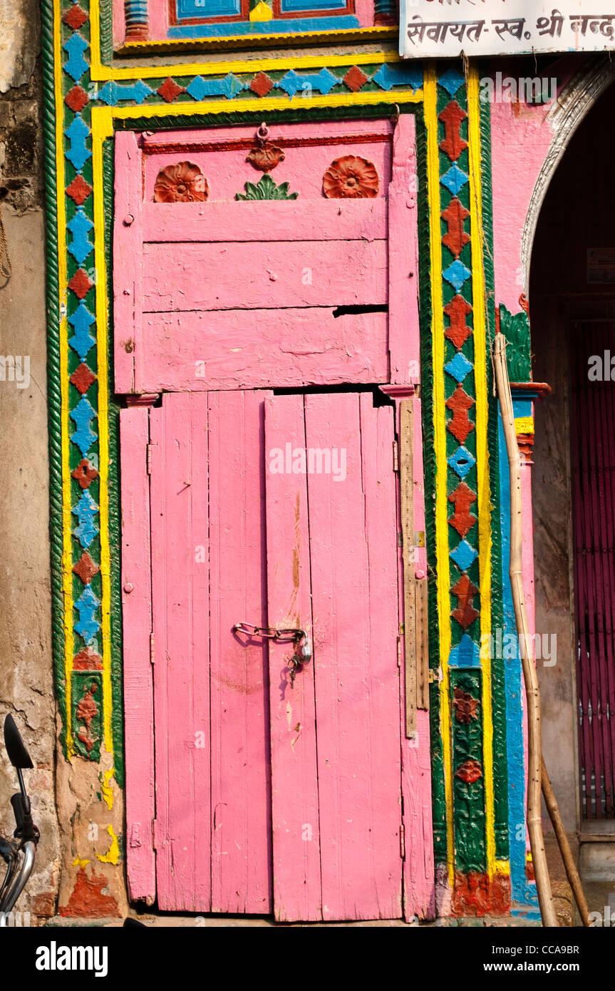 Pink House Door Stock Photos & Pink House Door Stock Images - Alamy