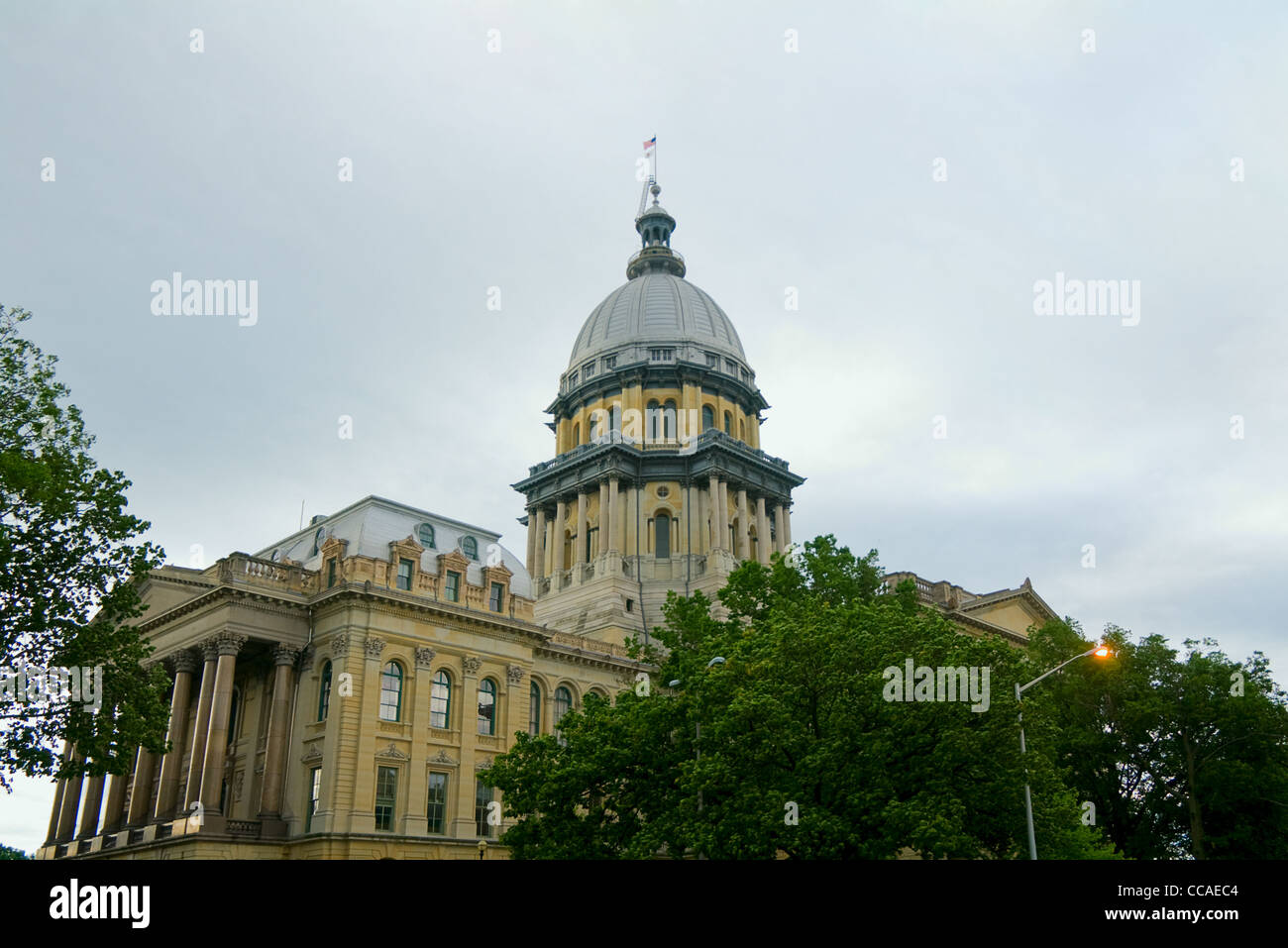 Capitol building of Springfield Illinois showing dome and building - Stock Image