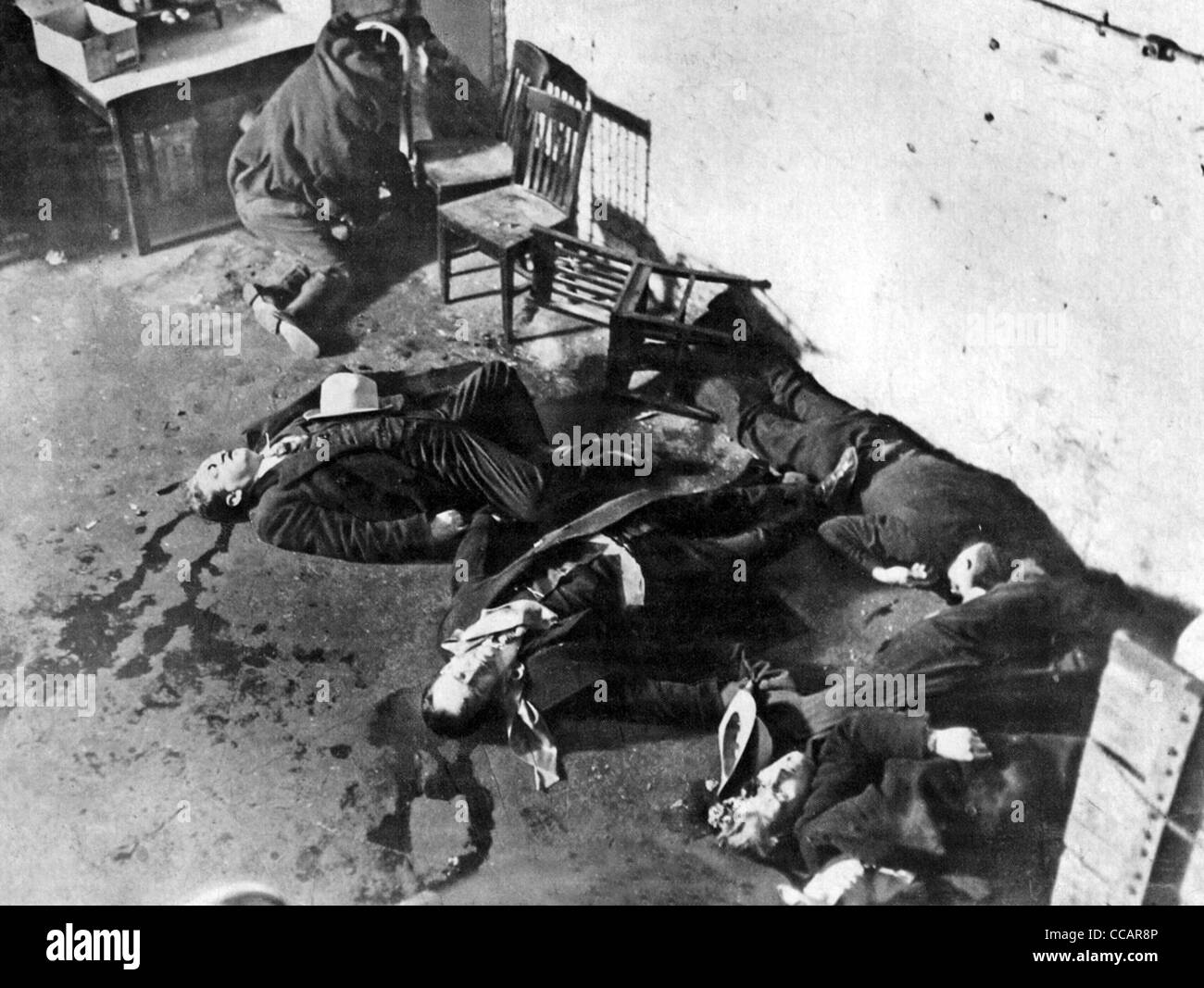 ST VALENTINE'S DAY MASSACRE 14 February 1929 when Al Capone's gang killed members of Irish gang led by Bugs - Stock Image