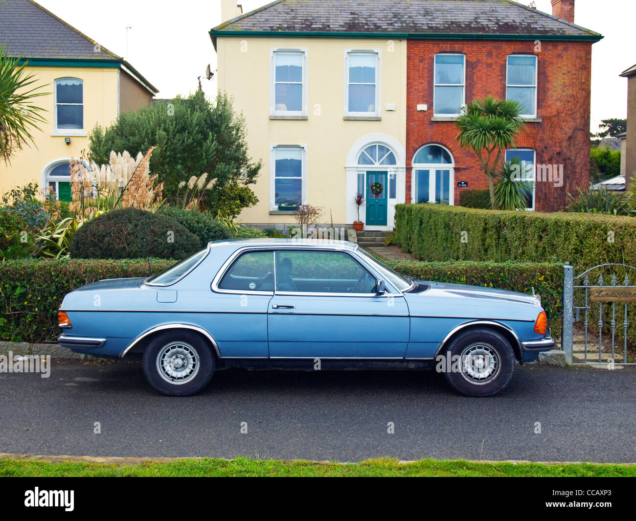 Old Mercedes Benz Stock Photos Images Alamy 230ce Fuel Filter A 1985 Registered 230 Ce Saloon Car In Excellent Exterior Condition Image