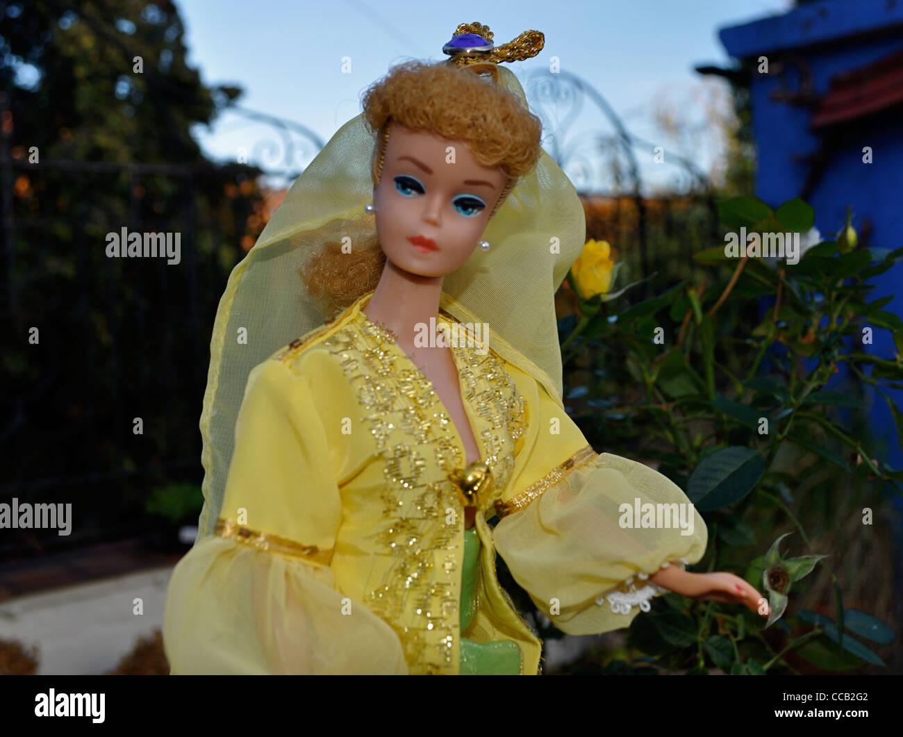 Vintage 1963 blond ponytail Barbie doll in Ottoman Turkey harem style costume Turkish national costume  sc 1 st  Alamy & Turkish National Costume Stock Photos u0026 Turkish National Costume ...