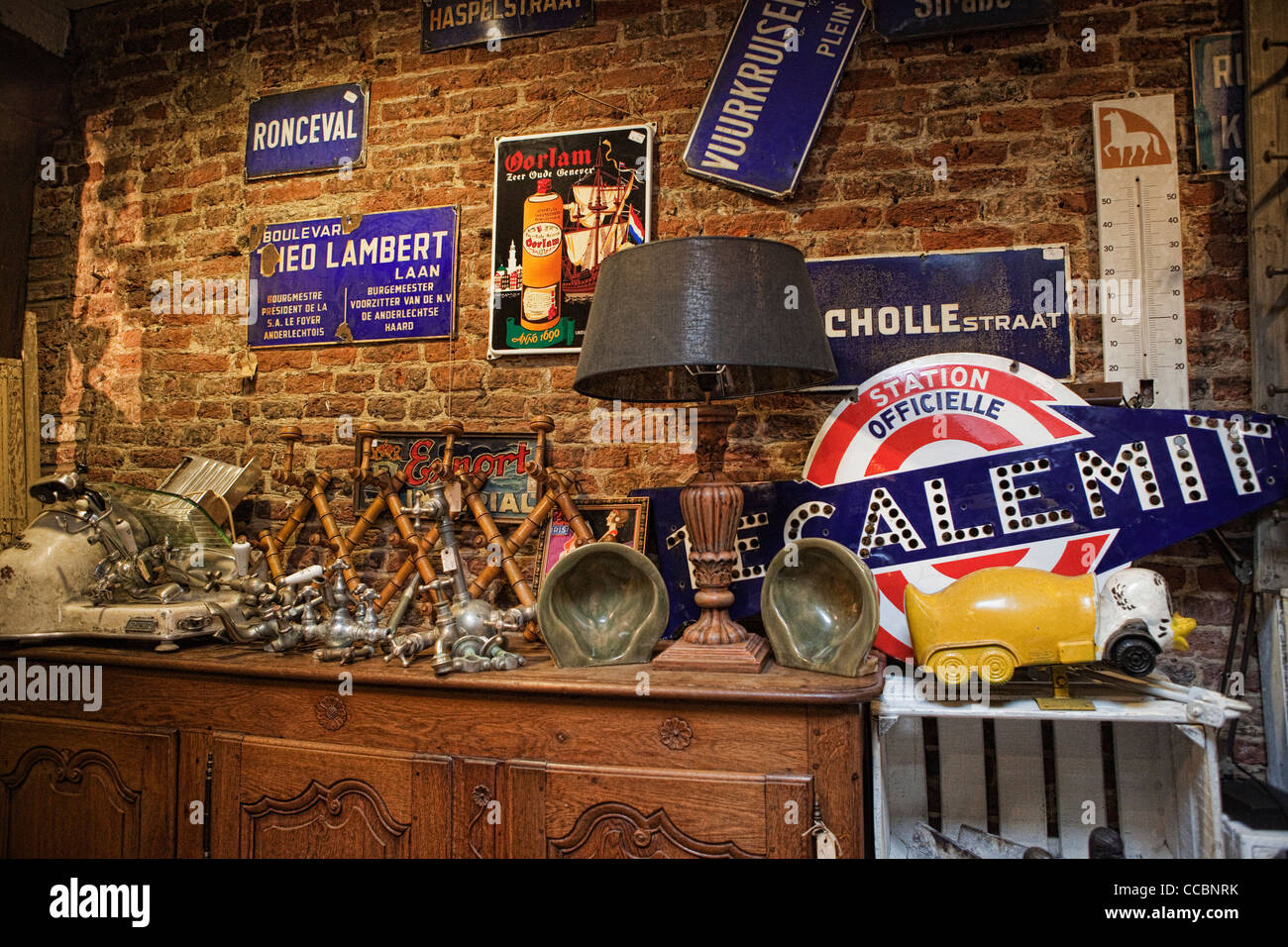 Interior of antiques and collectibles shop in Brussels - Stock Image