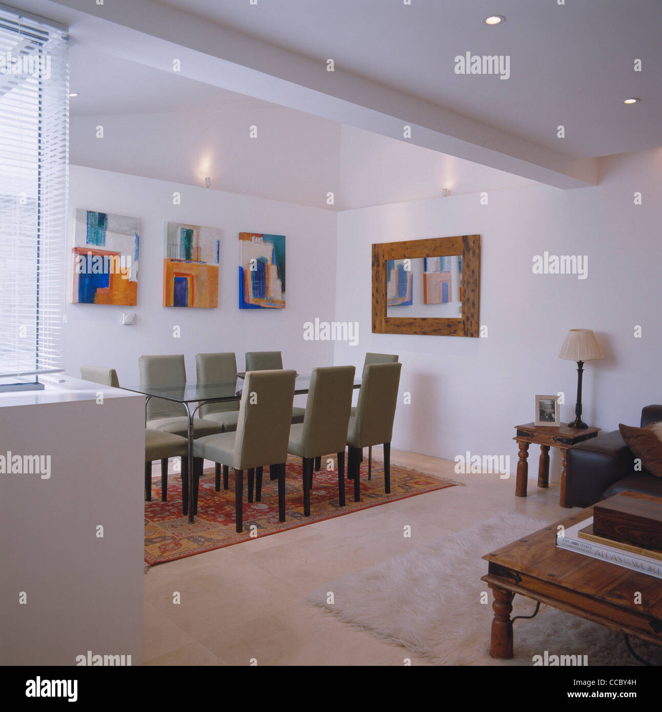 PRIVATE HOUSE DINING ROOM - Stock Image
