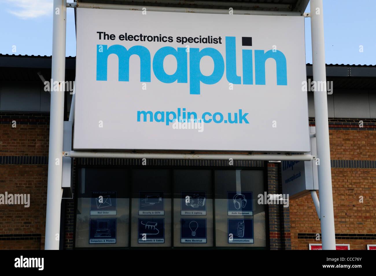 Maplin The Electronics Specialist Shop, Cambridge, England, UK - Stock Image
