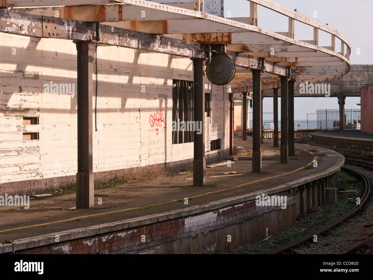 Disused Run Down Closed Railway Lines Track Tracks stations Folkestone Harbour Railway Station Platform Kent UK - Stock Image